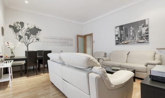 Уютная квартира в самом сердце Барселоны на улице Рамбла де Каталония | 1-570x340-jpg