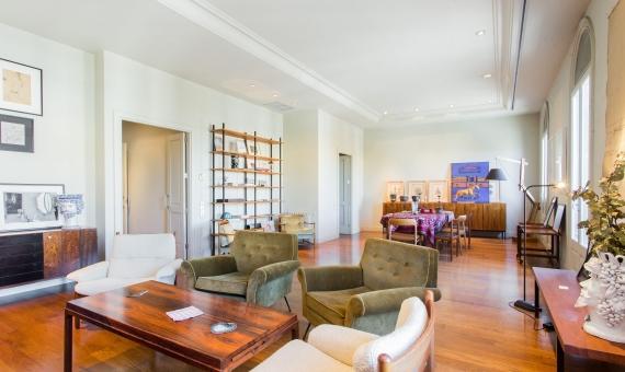 Элитная квартира с видом на Дом Мила на бульваре Пасео де Грасия | image-3-min-570x340-jpg