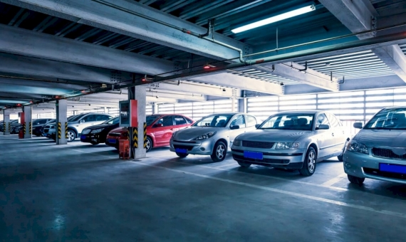 Паркинг на 400 мест в центре Эшампле | shutterstock_154988729-570x340-jpg