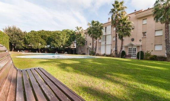 Просторные апартаменты вблизи моря в закрытой территории с бассейном и садом   2-20-570x340-jpg