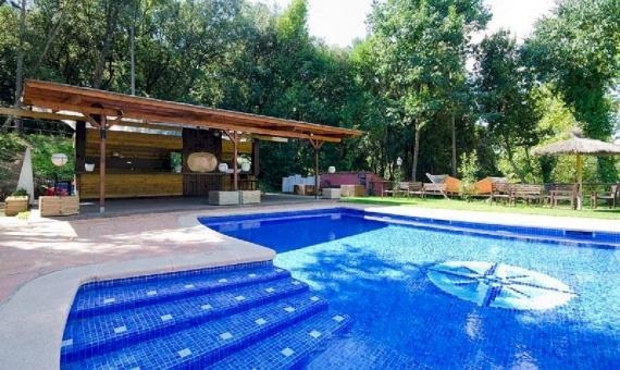 Отель с панорамными видами на горы и участком 2 Га на побережье Коста Марезме | 4-2-570x340-jpg