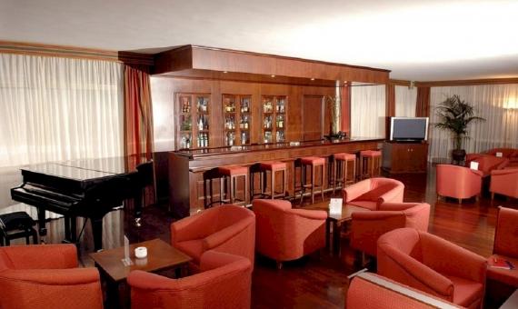 Отель на 95 номеров с медицинским центром и Спа в Сан-Фелиу-де-Гишольс | 7576125-570x340-jpg