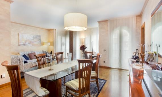 Квартира 5 спален большой площади в центре Барселоны | image-3-570x340-jpg