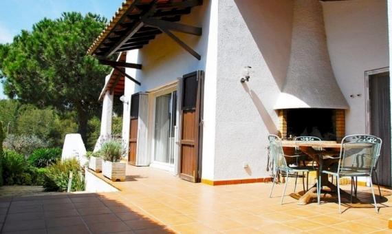 Вилла 200 м2 с садом в Роде-де-Бара | 2-fileminimizer-570x340-jpg